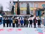 Пізнаємо світ граючись…  Кольорові малюнки на снігу